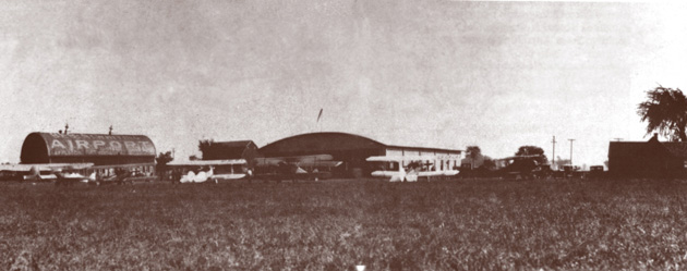 1920s Airport